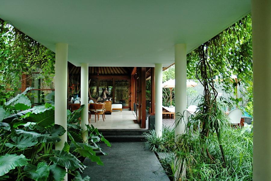 Villa ramadewa bali bali landscape company for Balinese garden design