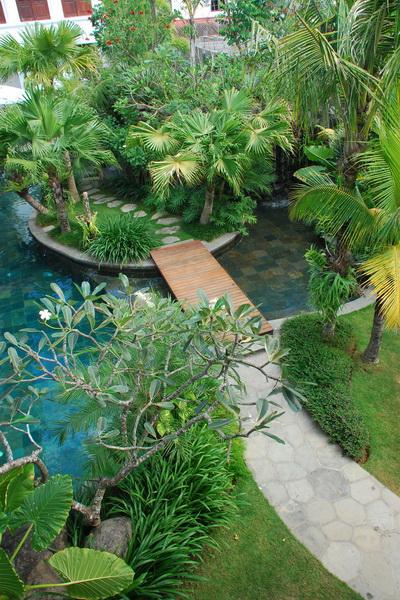 Villa batavia bali bali landscape company for Landscape gardening company
